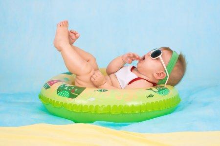 שחיה לתינוקות – האם מומלץ?