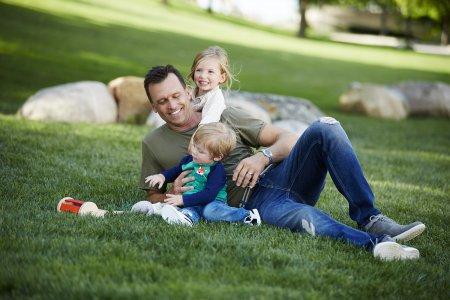 איך מסבירים לילדים קטנים את הקורונה והשהות בבית?